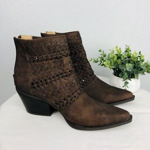 NEW BROWN POINTY SEVEN DIALS BOOTIES SOUTHWESTEN